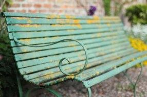 grannys-bench